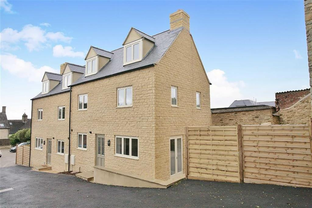 3 Bedrooms Cottage House for sale in Albion Yard, Chipping Norton, OXFORDSHIRE
