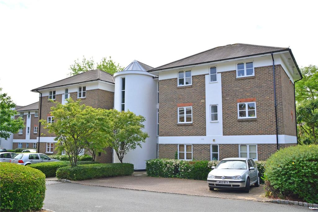2 Bedrooms Flat for sale in St Josephs Vale, Blackheath, London, SE3