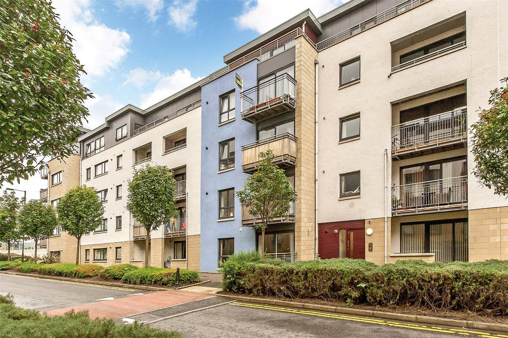 1 Bedroom Flat for sale in 3/2 East Pilton Farm Avenue, Edinburgh, EH5