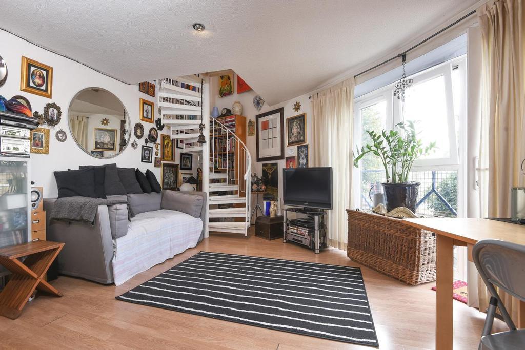 1 Bedroom Flat for sale in Croft Street, Deptford