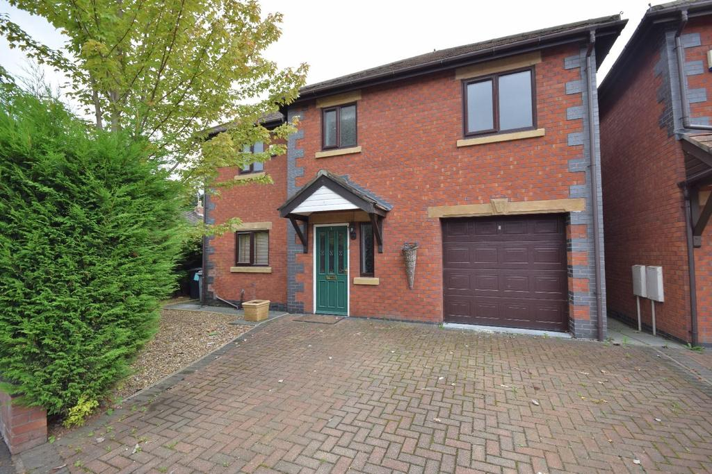 4 Bedrooms Detached House for sale in Midway Drive, Poynton, Stockport