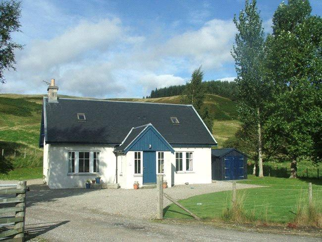 3 Bedrooms Detached House for sale in Smiddy Cottage - Lot 2, Laggan, Inverness-Shire, PH20