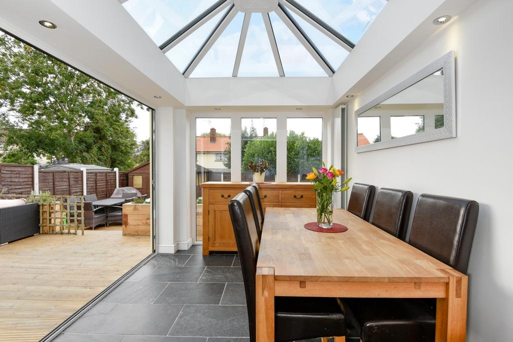 4 Bedrooms House for sale in Green Glade, Theydon Bois, CM16