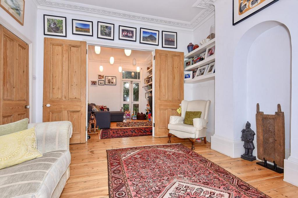 4 Bedrooms End Of Terrace House for sale in Plato Road, Brixton