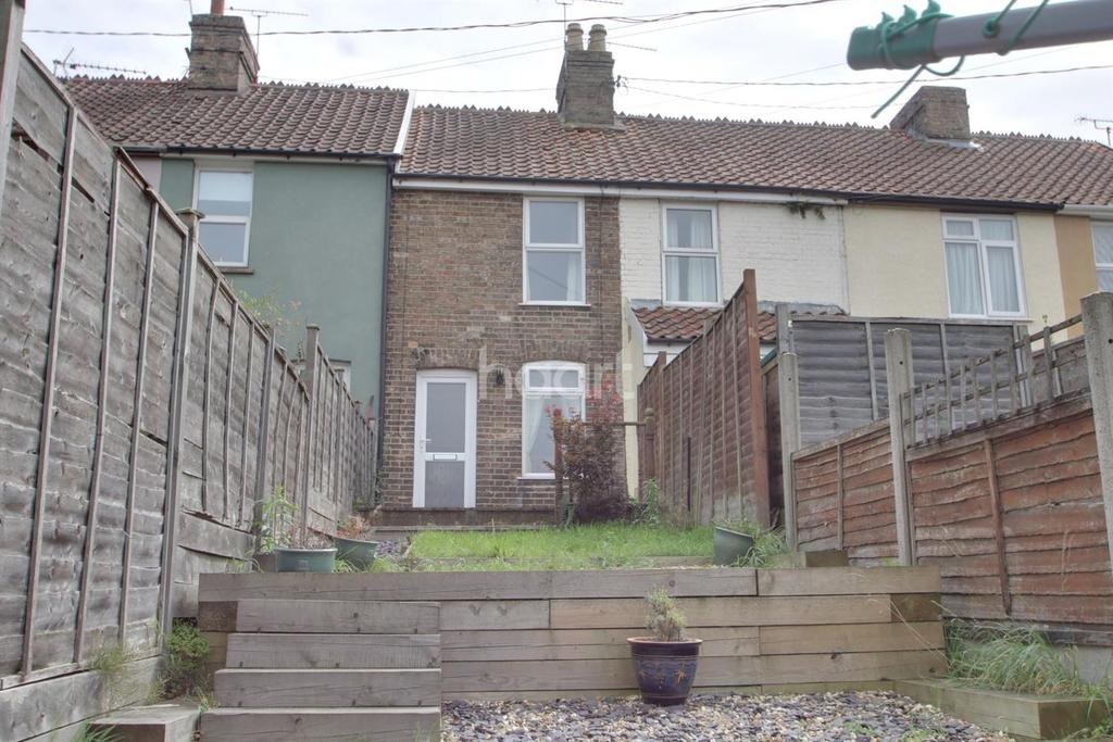 2 Bedrooms Terraced House for sale in Stowupland Road