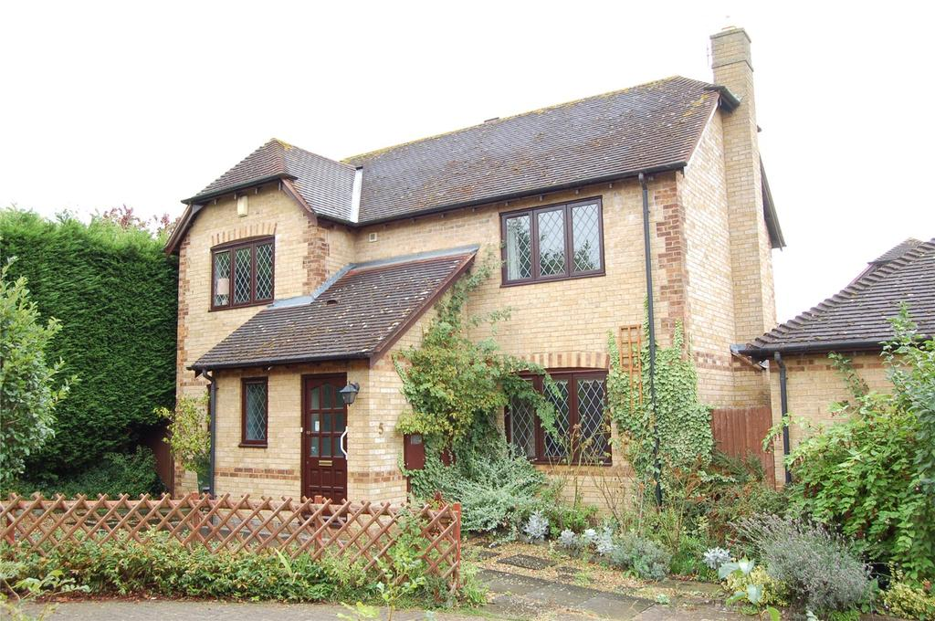 4 Bedrooms Detached House for sale in Chantry Close, Woburn Sands, Bucks, MK17