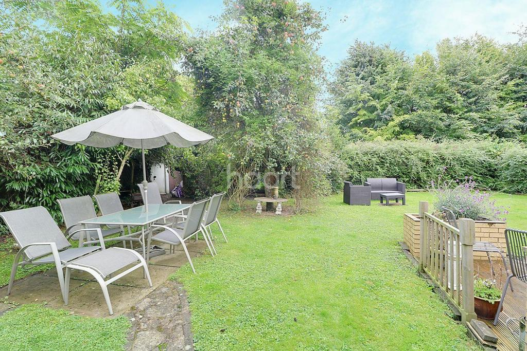2 Bedrooms Terraced House for sale in Whitgift Road, Teversham