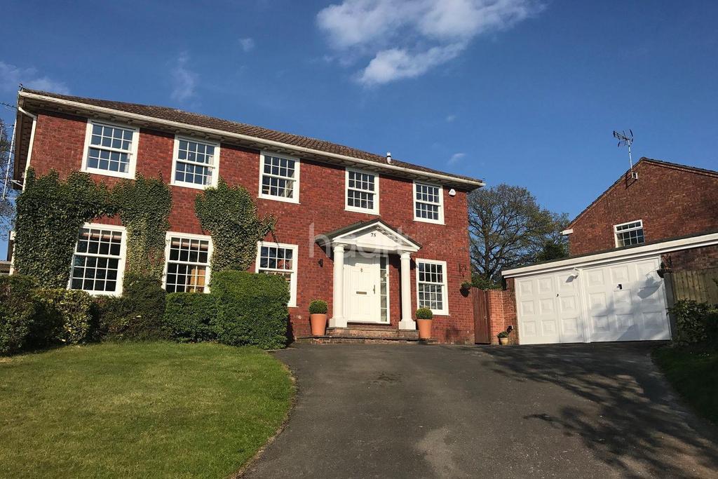 4 Bedrooms Detached House for sale in Parkhurst Fields, Churt, Surrey