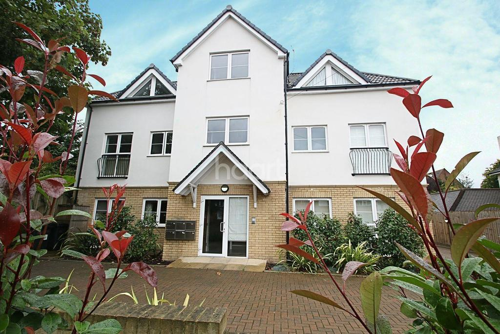 2 Bedrooms Flat for sale in Warham Road, South Croydon, CR2
