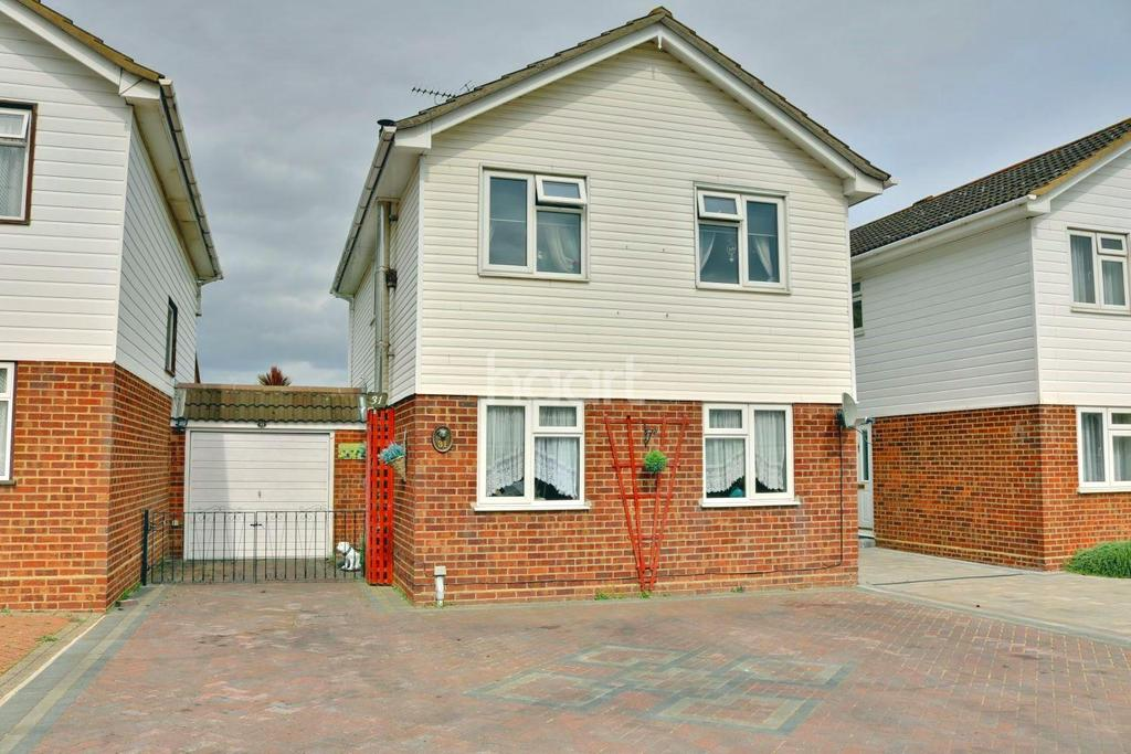3 Bedrooms Detached House for sale in Seaview Drive, Great Wakering