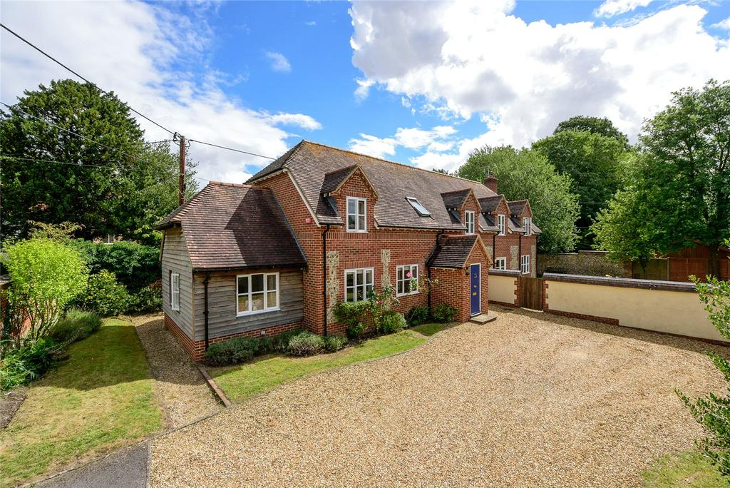 4 Bedrooms House for sale in Fyfield, Hampshire, SP11