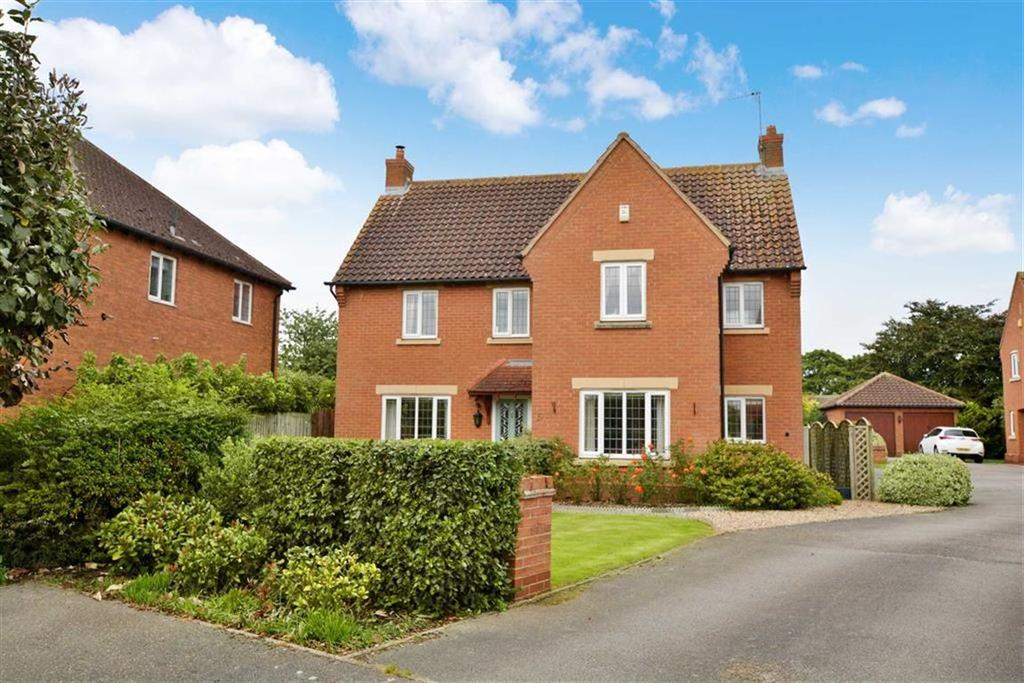 4 Bedrooms Detached House for sale in Dickinson Way, North Muskham, Nottinghamshire, NG23