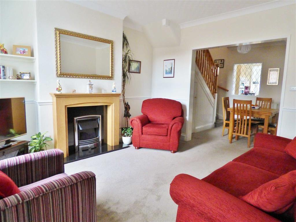 2 Bedrooms Terraced House for sale in Dog And Duck Lane, Beverley