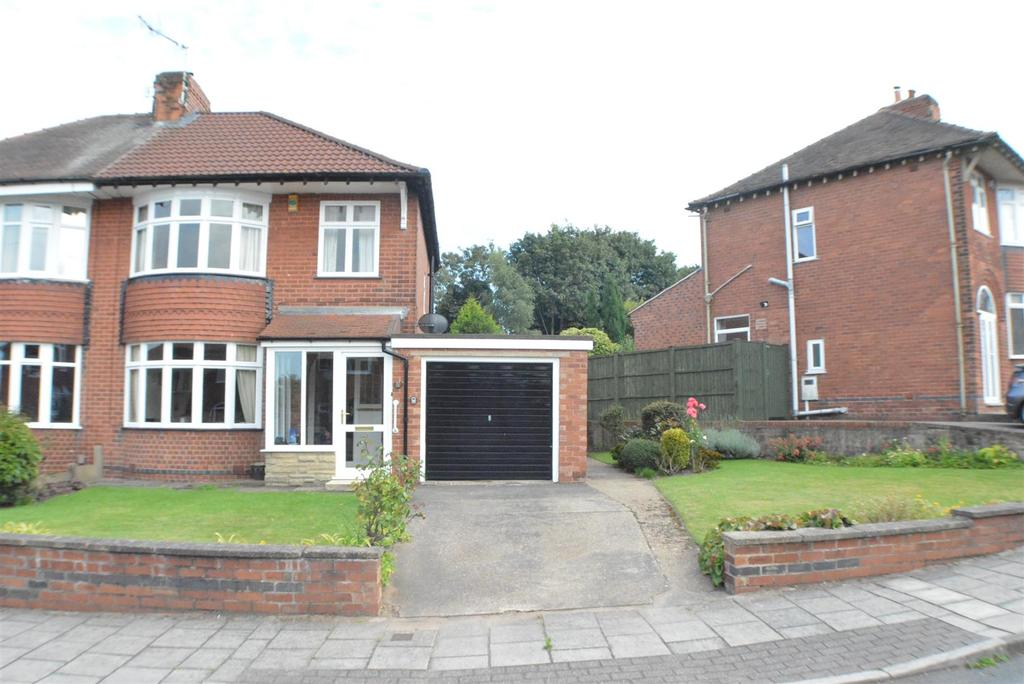 3 Bedrooms Semi Detached House for sale in Norbury Drive, Mansfield