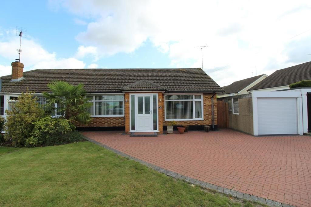 3 Bedrooms Semi Detached Bungalow for sale in Stourton Road, Witham, Essex, CM8