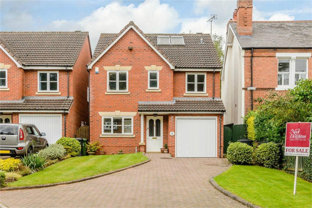 4 Bedrooms Detached House for sale in Comberton Gardens, Kidderminster, Worcestershire