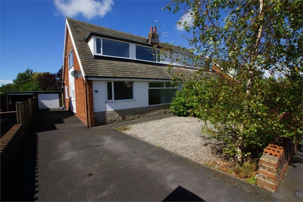 4 Bedrooms Semi Detached House for sale in Sawley Avenue, St. Annes, Lancashire