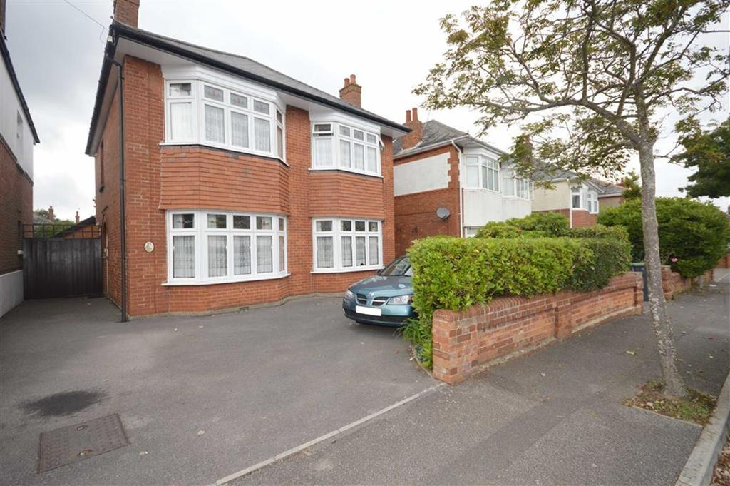 4 Bedrooms Detached House for sale in Norton Road, Bournemouth, Dorset, BH9