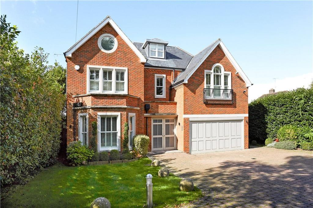 5 Bedrooms Detached House for sale in Leigh Hill Road, Cobham, Surrey, KT11
