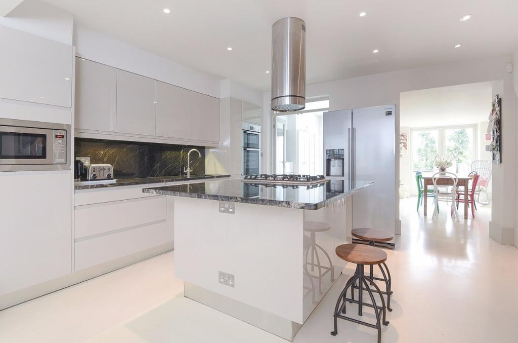 4 Bedrooms Terraced House for sale in Prestonville Road Brighton East Sussex BN1
