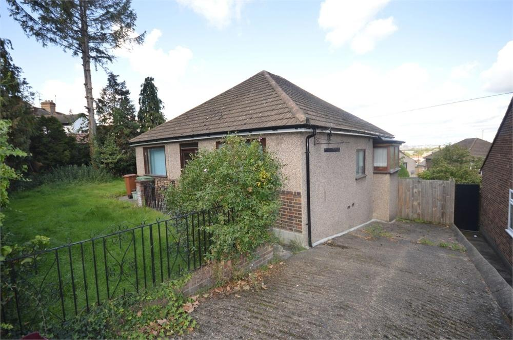 3 Bedrooms Detached Bungalow for sale in Halt Robin Road, Belvedere