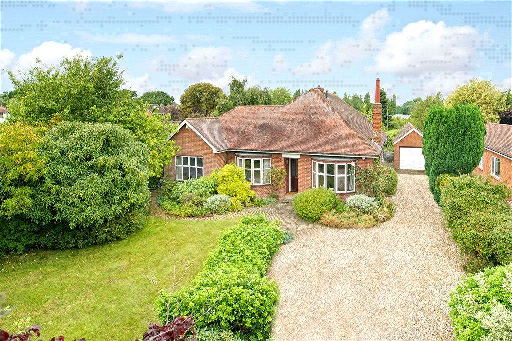 4 Bedrooms Detached House for sale in Parkway, Woburn Sands, Milton Keynes, Buckinghamshire