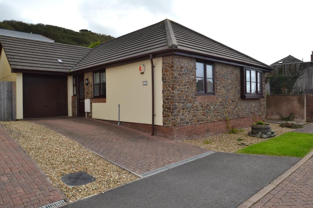 3 Bedrooms Bungalow for sale in Pebble Close, Westward Ho