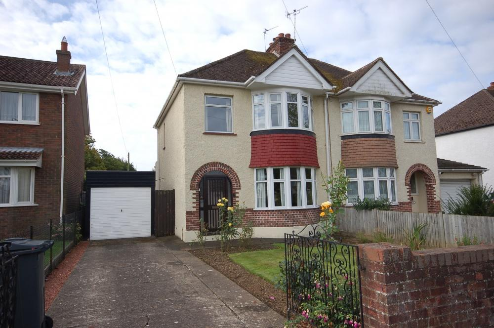 3 Bedrooms Semi Detached House for sale in Park Way, Maidstone, ME15