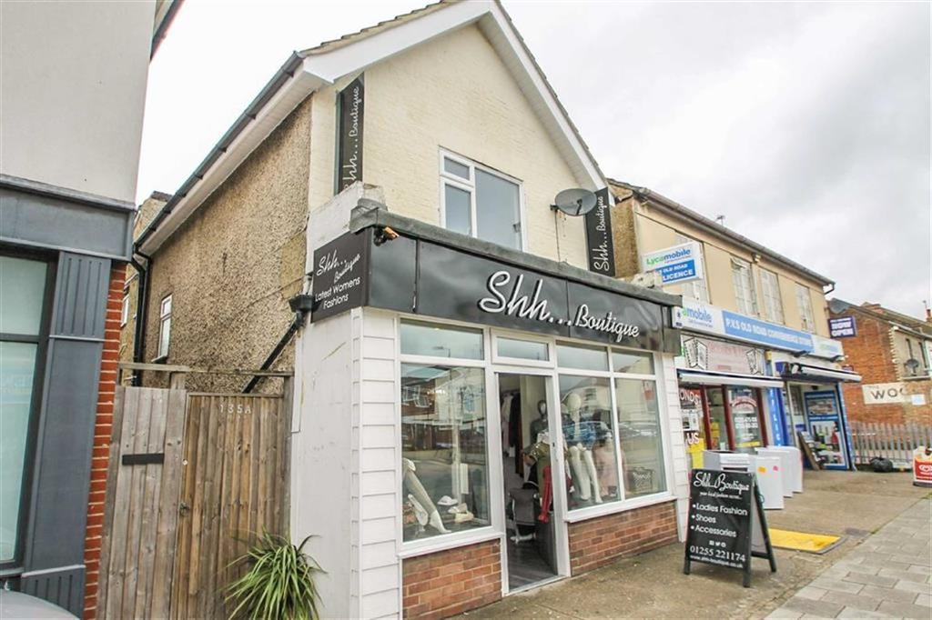 2 Bedrooms Flat for sale in Old Road, Clacton-on-Sea