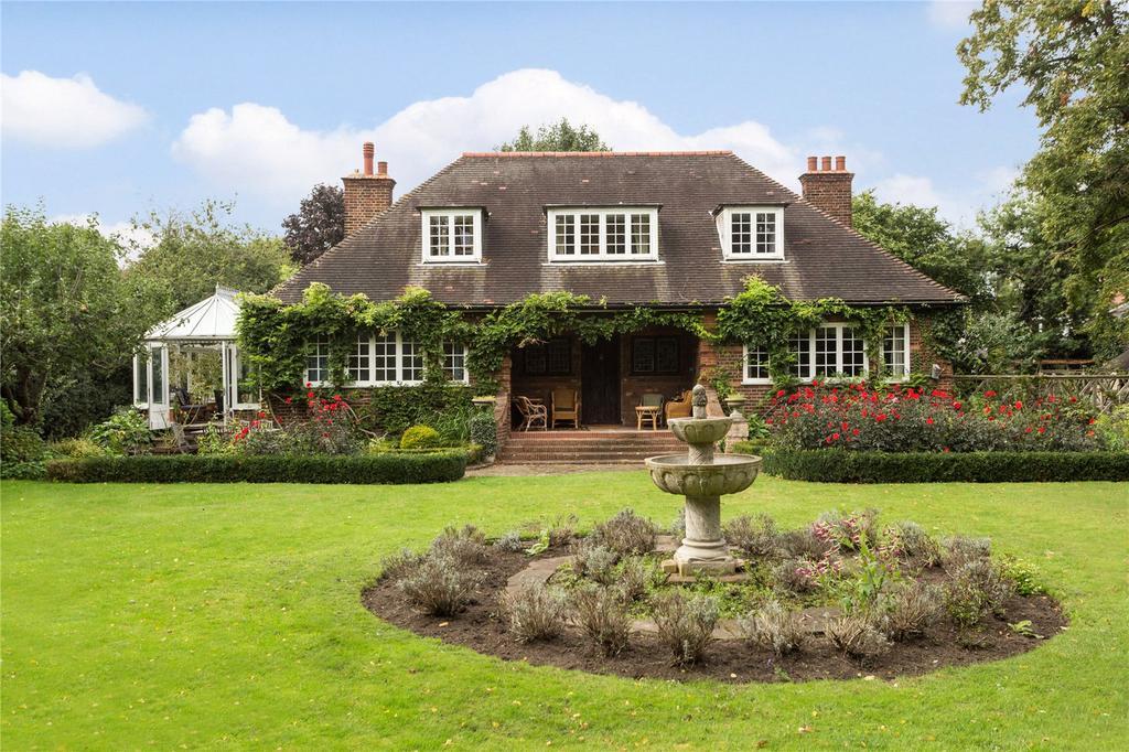 5 Bedrooms Detached House for sale in West Park Avenue, Kew, Surrey