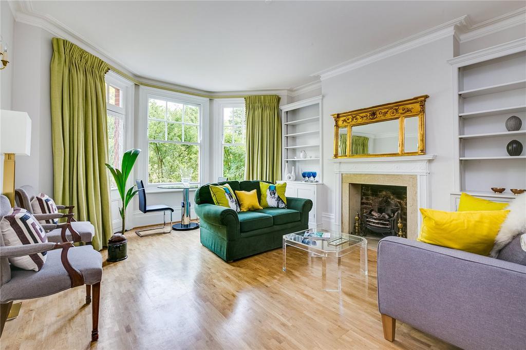 2 Bedrooms Flat for sale in Albany Mansions, Albert Bridge Road, London