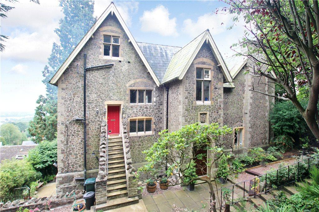 3 Bedrooms Apartment Flat for sale in Stuart Lodge, 273 Wells Road, Malvern, Worcestershire, WR14
