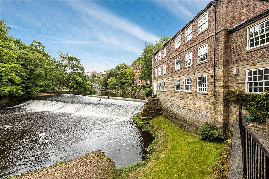 2 Bedrooms Apartment Flat for sale in Castle Mills, Waterside, Knaresborough, North Yorkshire