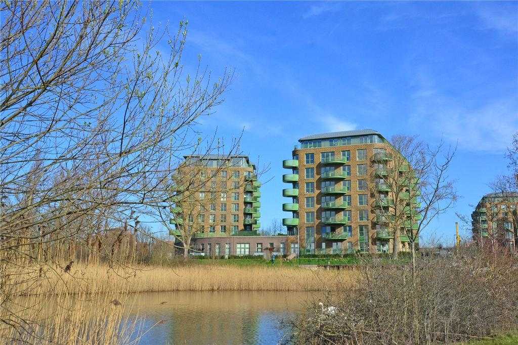 2 Bedrooms Flat for sale in Grayston House, 1 Ottley Drive, Kidbrooke, London, SE3