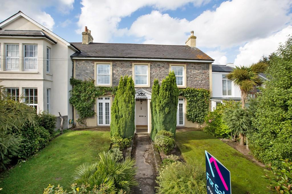 5 Bedrooms Terraced House for sale in Highweek Village, Newton Abbot