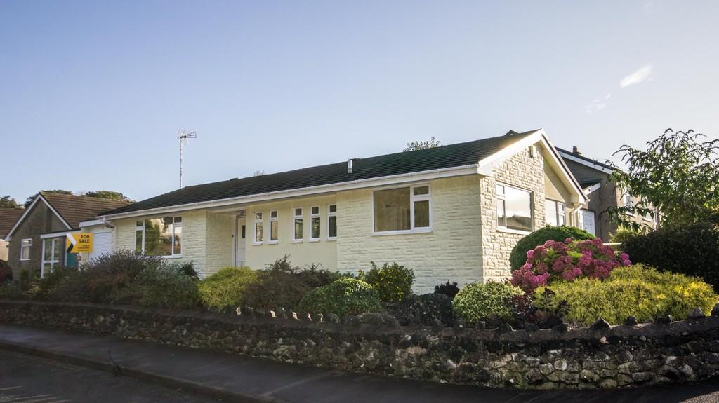3 Bedrooms Detached Bungalow for sale in 15 Granby Road, Grange-Over-Sands