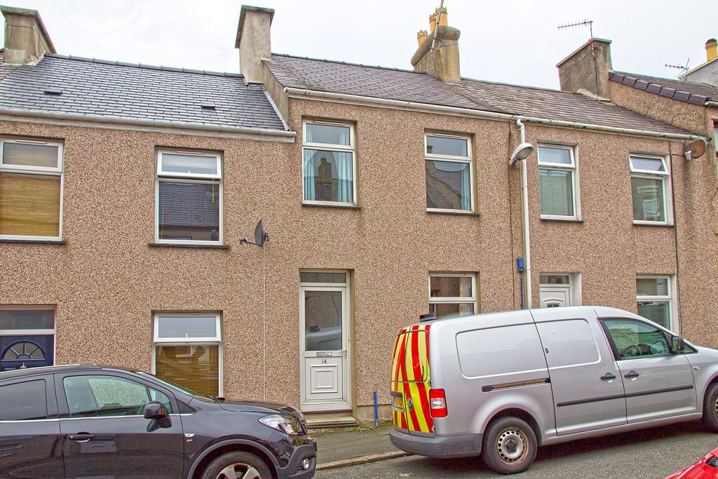 2 Bedrooms Terraced House for sale in Edward Street, Caernarfon, North Wales