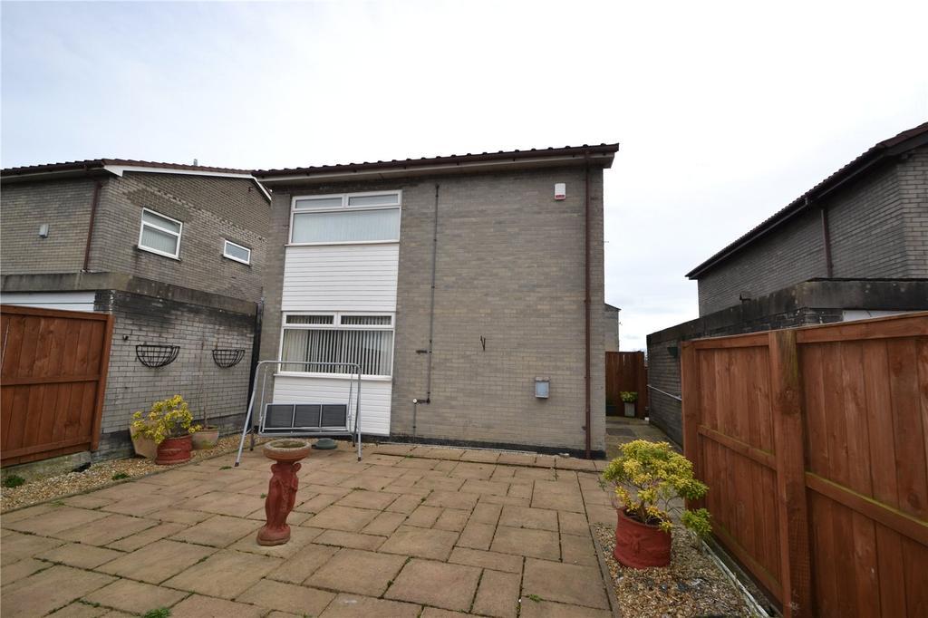 3 Bedrooms Detached House for sale in Skerne Close, Peterlee, Co.Durham, SR8