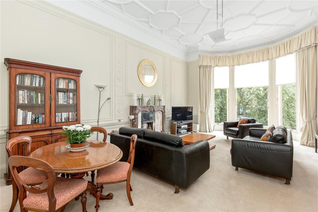 3 Bedrooms Flat for sale in 22 (1F) Learmonth Terrace, West End, Edinburgh, EH4