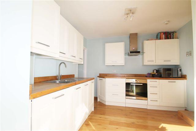 2 Bedrooms Flat for sale in Portland Road, Hove