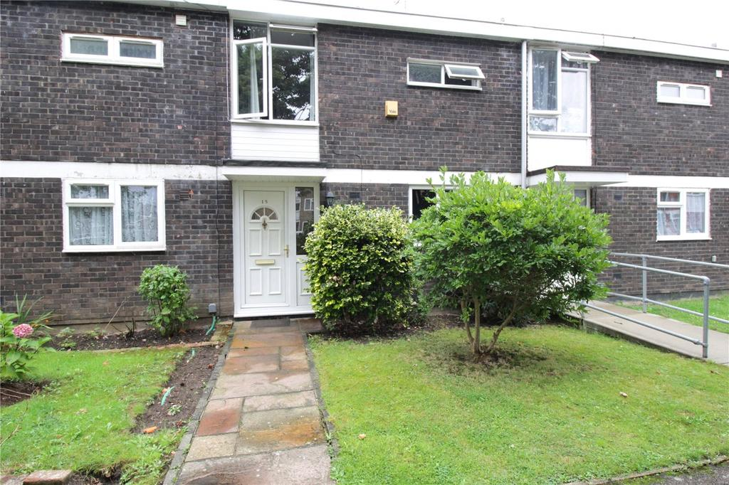 2 Bedrooms Terraced House for sale in Dordells, Lee Chapel North, Basildon, Essex, SS15