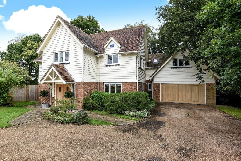 5 Bedrooms Detached House for sale in Cackle Street, Brede, East Sussex TN31 6DX