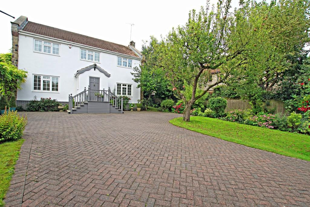 4 Bedrooms Detached House for sale in The Orchards, Campsall, Doncaster