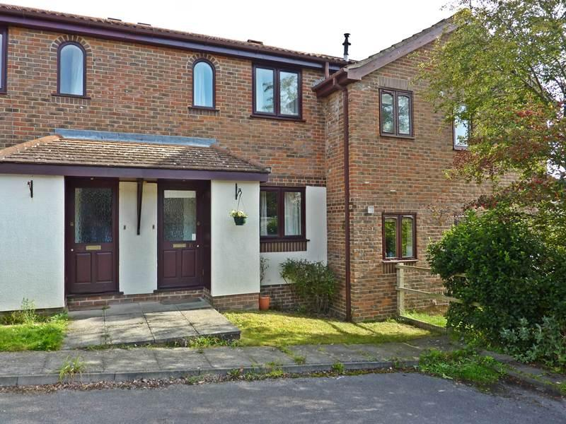 2 Bedrooms Terraced House for sale in TWYFORD