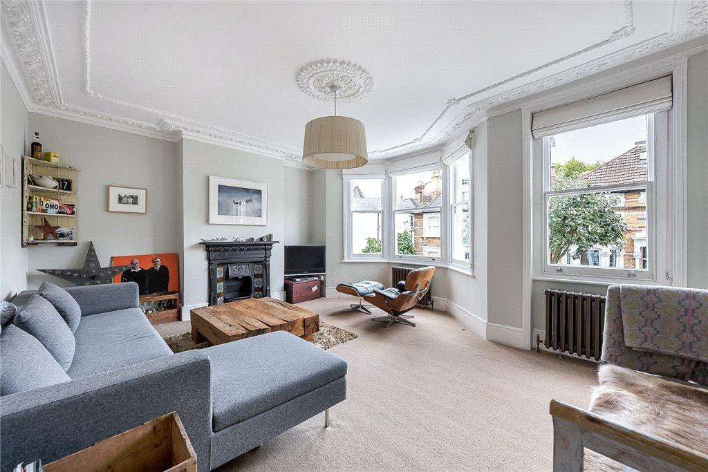 4 Bedrooms Terraced House for sale in Aubert Road, Highbury, London, N5