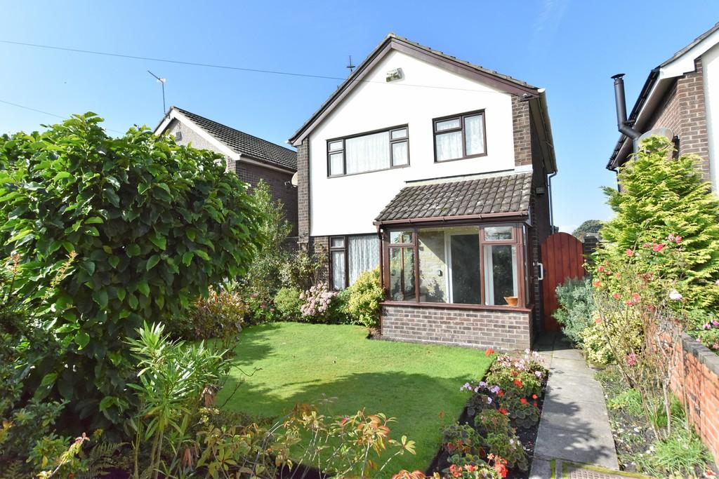 3 Bedrooms Detached House for sale in School Lane, Haskayne
