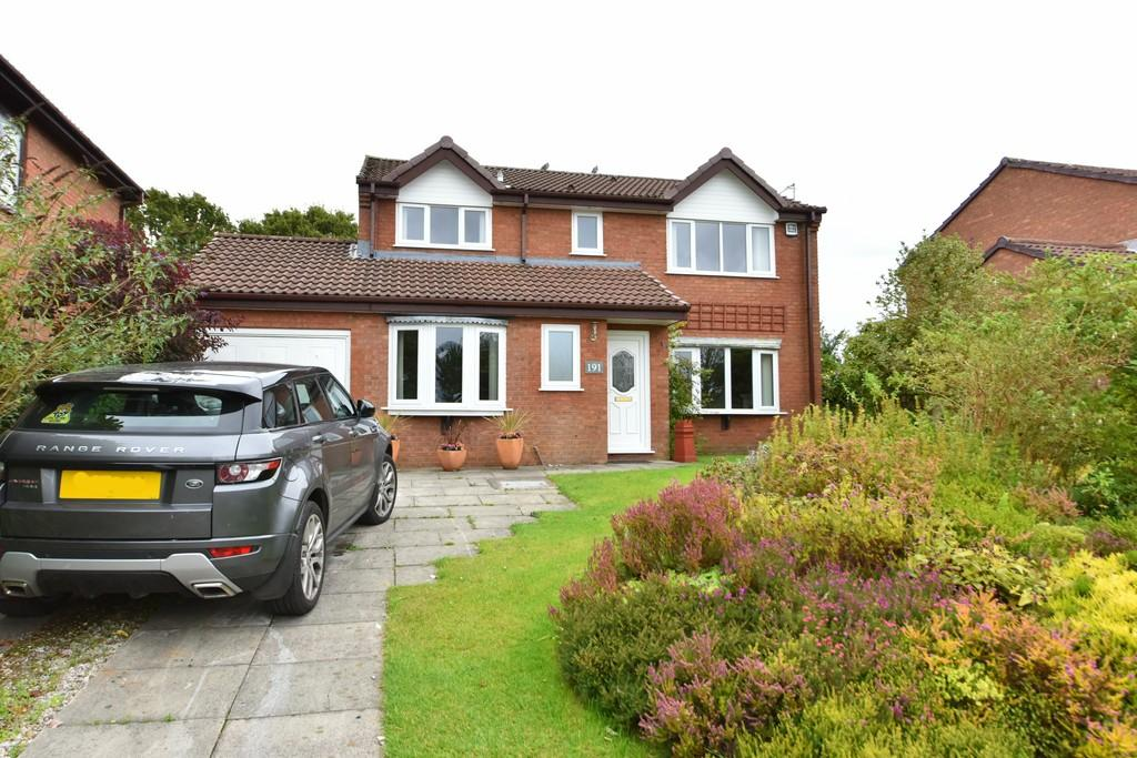 4 Bedrooms Detached House for sale in Kestrel Park, Ashurst