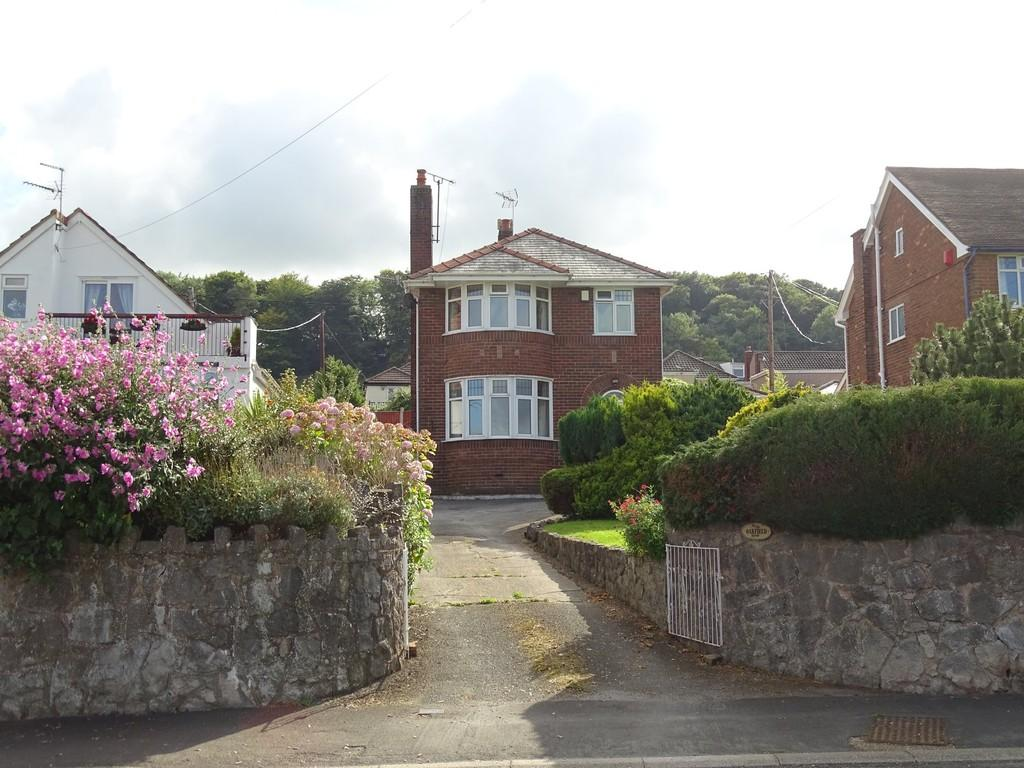 3 Bedrooms Detached House for sale in Holway Road, Carmel, Holywell
