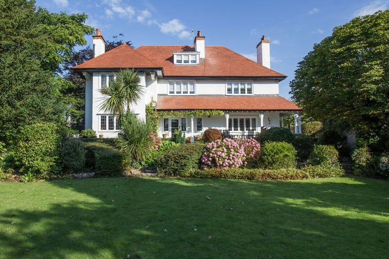 6 Bedrooms Detached House for sale in Victoria Road, Penarth