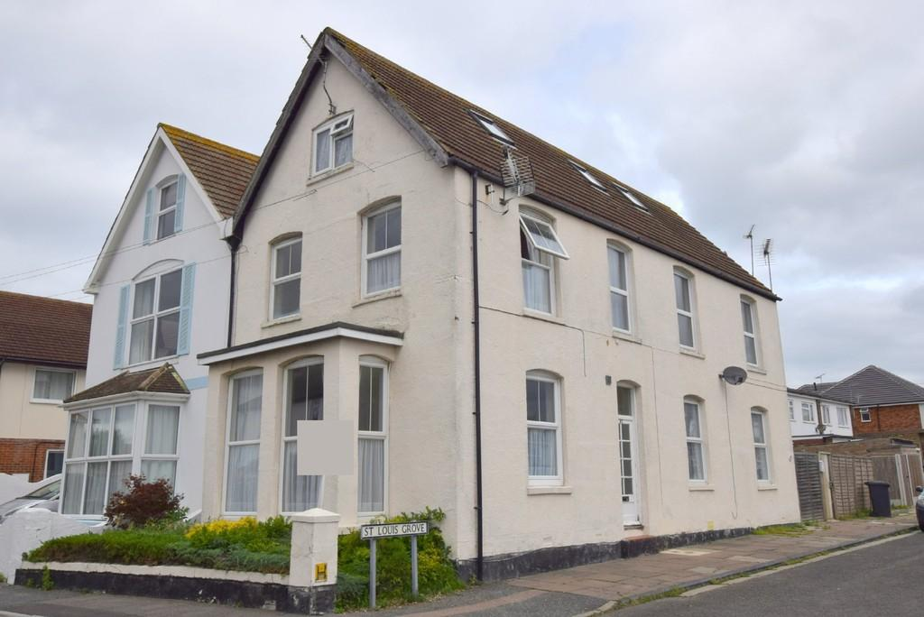 2 Bedrooms Apartment Flat for sale in Grand Drive, Herne Bay